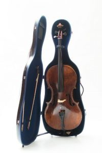 cello luxury squared carbon case opened detail