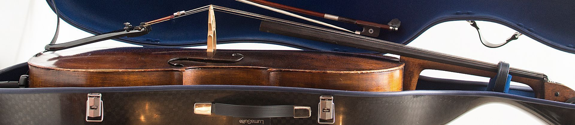 luxury squared carbon cello case inside detail
