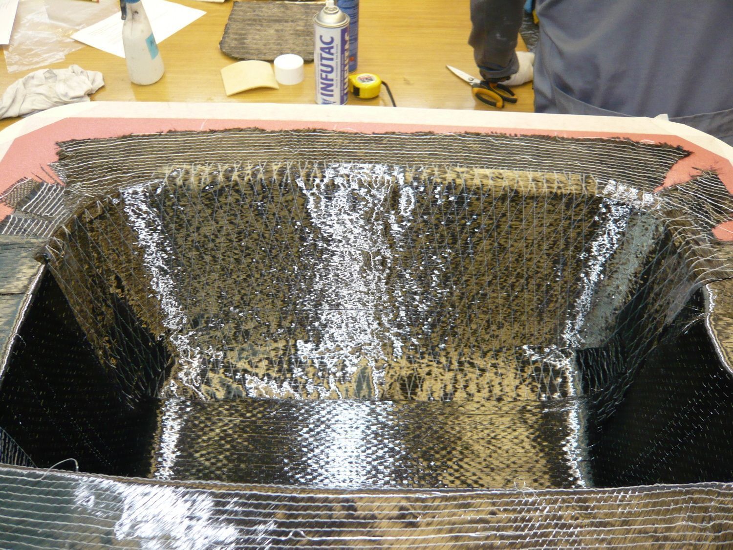Drying the mold resin with fiber