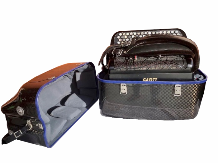 Maintenance of the accordion case: after